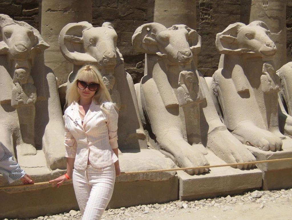 Египет фото на фоне памятников собственные фото из путешествия