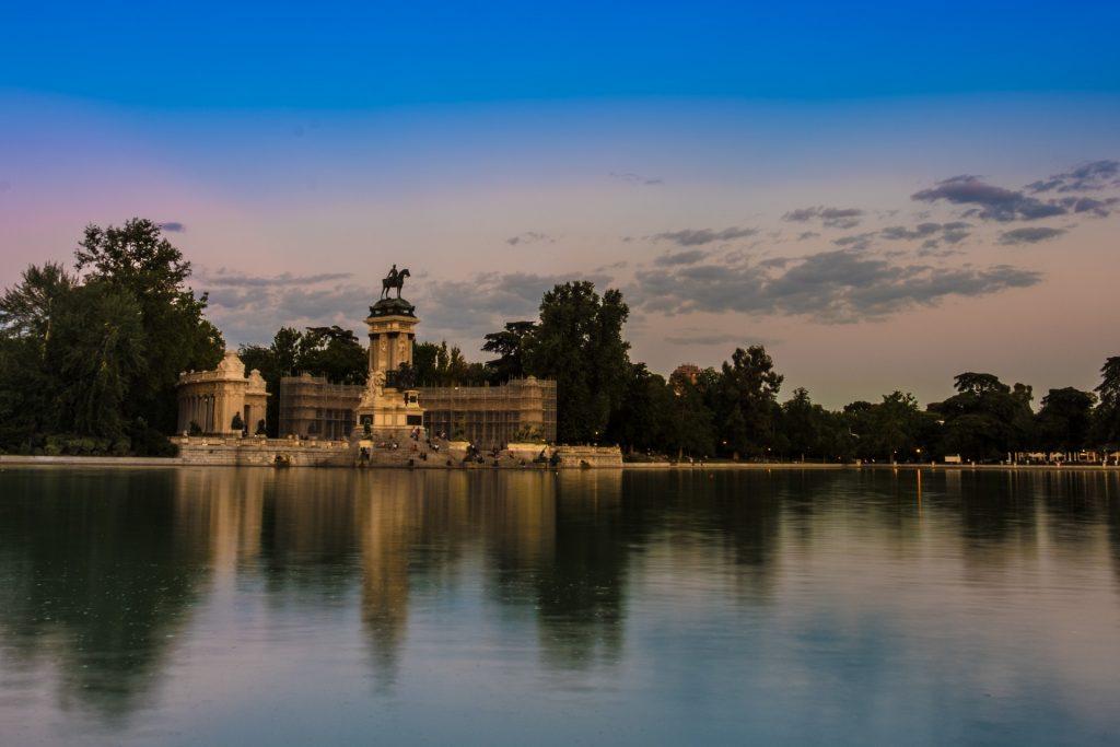 Закат Парк Ретиро Мадрид Воды Пруд Озеро