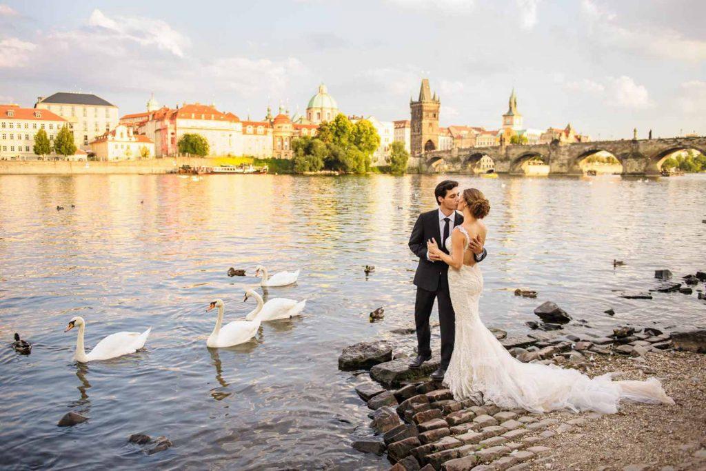 свадьба в чехии фото - почему стоит посетить чехию - фото с сайта polyanska.com