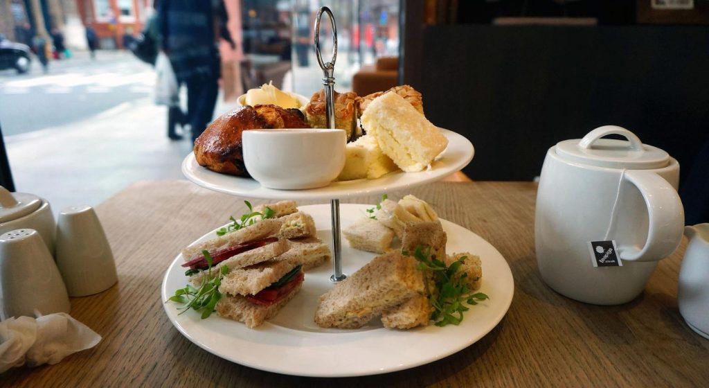 Чай в Лондоне - Великобритания Послеобеденный Чай Питание