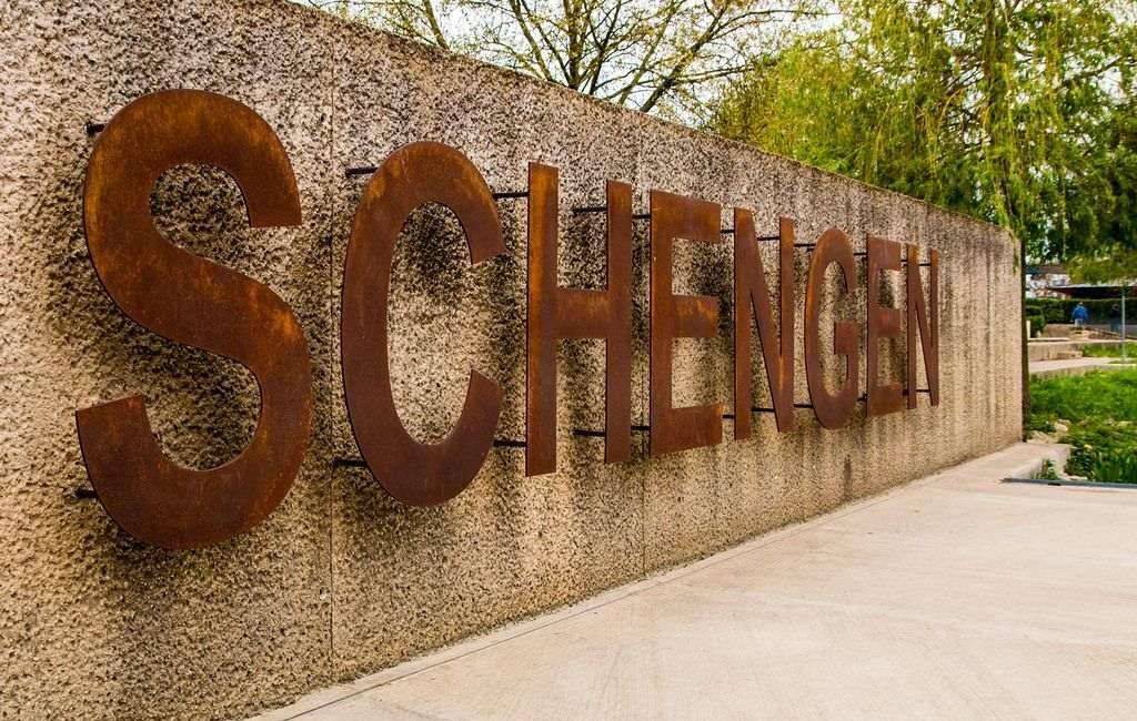 какой шенген проще получить виза шенгенская страны