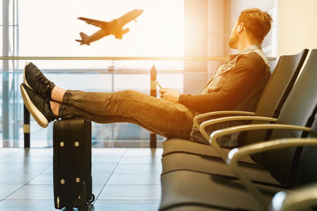 Как сдать невозвратный билет на самолет